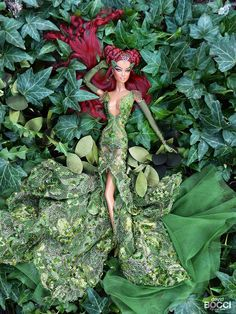 Image may contain: 1 person, plant Poison Ivy Cosplay, Poison Ivy Costumes, Barbie Dress, Barbie Clothes, Couple Halloween Costumes For Adults, Couple Costumes, Disney Costumes, Adult Costumes, Adult Mickey Mouse Costume