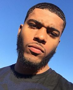 awesome 80 Disarming Sexy Beard Styles - Your Spark Of Inspiration Fine Black Men, Handsome Black Men, Fine Men, Handsome Boys, Black Is Beautiful, Gorgeous Men, Mixed Guys, Black Men Beards, Beard Game