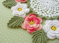 Irish crochet roses doily