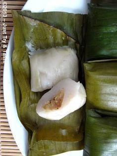 Aku pengen ini, kue nogosari, dalamnya pisang yang dibalut tepung beras apa yaa :v Just Try & Taste: Nagasari si Kue Pisang