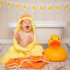 First Birthday Cake Smash and Tub Splash in East Grinstead, West Sussex