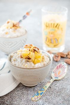 Overnight oats à l'orange Photographie et stylisme culinaire : Hubert Cormier Brunch, Jus D'orange, Nutrition, Healthy Recipes, Breakfast Smoothies, Cereal, Food, Food Styling, Food Photography