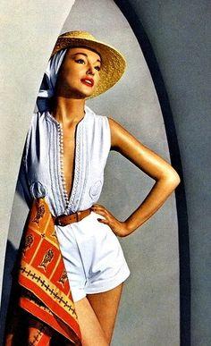 1950 fashion....reépinglé par Maurie Daboux ❥•*`*•❥