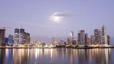 Panamá es un país que se caracteriza por tener, desde hace algunos años, mucha Inversión Directa Extranjera (IDE), la cual es considerada como una variable significativa en el crecimiento de la economía panameña. De hecho, Panamá se encuentra entre las mejores economías del continente. En nuestro artículo de hoy, daremos ...