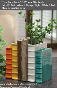 The bookends designed by Creative Co-op can be also used as a vases or flower pots Clay Projects, Clay Crafts, Garden Projects, Ceramics Projects, Ceramic Pottery, Ceramic Art, Slab Pottery, Pottery Wheel, 21st Presents