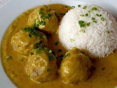 Meatballs in Curry Sauce These meatballs in a versatile all-purpose curry sauce can be served two ways. Roll the meatballs a little larger for a dinner main course as shown. When rolled into smalle...