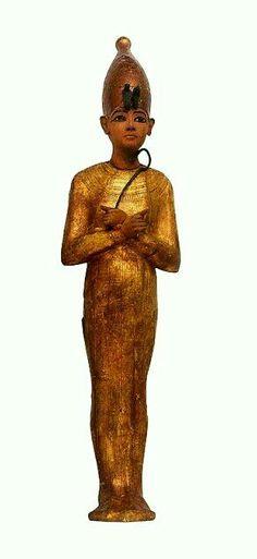 Shabti for Tutankhamun, depicting the king in Hedjet, the White Crown of Upper Egypt.