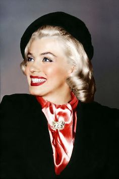 Marylyn Monroe Giving Her Best Smile!
