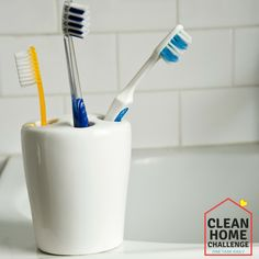 Sonicare Toothbrush Turns On By Itself Key: 1091520446 Sonicare Toothbrush, Organizing Your Home, Organization Hacks, Toothbrush Holder, Challenges, Cleaning, Oven, Chocolate Martini, Costco