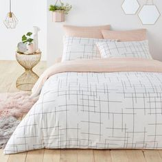 Fancy black white and pink duvet covers Snapshots, fine graphic print reversible cotton duvet cover or 65 black white pink Cute Bedroom Ideas, Cute Room Decor, Girl Bedroom Designs, Room Ideas Bedroom, Bedroom Decor, Shabby Bedroom, Pretty Bedroom, Shabby Cottage, Shabby Chic