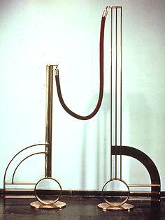 """Roy Lichtenstein, """"Modern Sculpture with Velvet Rope"""" (1968)"""