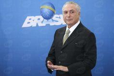 Temer comemora queda da taxa básica de juros - http://po.st/paEeWM  #Política - #BC, #Cunha, #Temer