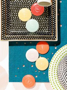 Retro polka dots are the hot new print for home accessories! From flasks, to trays, to ceramics and pens, we'll show you how to bring the trend to life.