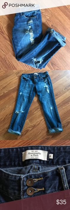 Abercrombie & Fitch Distressed Ankle Jeans ✨ In excellent used condition! 100% cotton. No trades. I️ accept reasonable offers. Abercrombie & Fitch Jeans Boyfriend