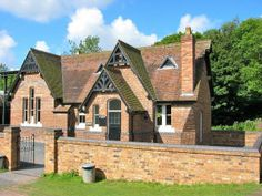 The School - Blists Hill Victorian Town, Ironbridge Merida, Victorian Village, Oak Hill, Acre, Places To Visit, Cottage, House Styles, School, Building