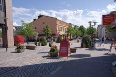 Former home corners in Kokkola. Central Ostrobothnia, western Finland. Kokkola - kävelykatua | Kokkola - kävelykatua