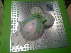 Pregnant lady cake