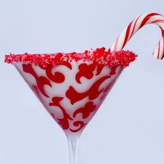 15 Festive Booze-Infused Candy Cane Cocktails