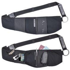 Sac près du corps, le CaseBelt peut être porté en bandoulière comme une cartouchière ou à la ceinture comme une banane.