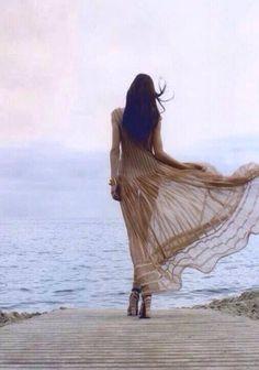A maior covardia de um homem é despertar o amor de uma mulher sem ter a intenção de amá-la.