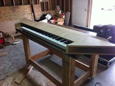 Studio Desk, Piano, Music Instruments, Study Desk, Musical Instruments, Pianos