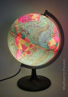 Illuminated globe, love the hot pink. Globe Art, Globe Lamps, Map Globe, Vintage Globe, Vintage Maps, Map Crafts, World Globes, Old Maps, Travel Themes