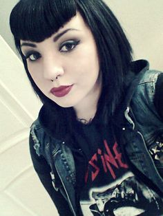A Clean #Goth girl look, very sexy and to the point