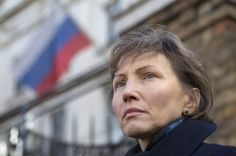 Marina Litvinenko, the widow of murdered KGB agent Alexander Litvinenko, attends a demonstration in support of Boris Nemtsov, former deputy prime minister of Russia and prominent critic of Vladimir Putin, outside the Russian Embassy in London March 01, 2015. Nemstov was murdered two days ago as he walked across a bridge near the Kremlin in Moscow. REUTERS/Neil Hall (BRITAIN - Tags: CRIME LAW POLITICS TPX IMAGES OF THE DAY) - RTR4RN56