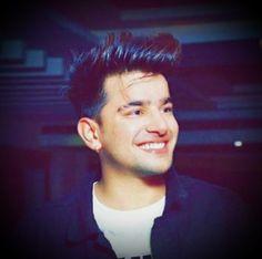 Punjabi Boys, Beard Lover, Caption Quotes, Cute Celebrities, Dream Big, Crushes, Lovers, Photoshoot, Singers