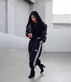 New How To Wear Adidas Pants Outfit Casual Ideas Grunge Outfits, Mode Outfits, Trendy Outfits, Fashion Outfits, Black Outfits, Fashion Ideas, Fashion Inspiration, Fashion Killa, Look Fashion
