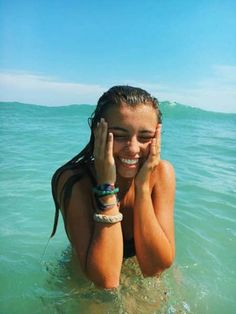 Bikini style guide for spring break and beach vacation beach pics, beachy pictures, girl Lake Photos, Photos Du, Lake Pics, Lake Pictures, Bahamas Pictures, Florida Pictures, Cute Beach Pictures, Vacation Pictures, Friend Beach Pictures
