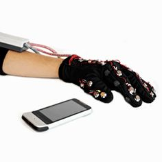 Researchers develop unique communication device for deafblind individuals - Electronic Products