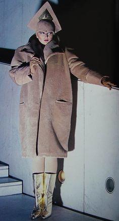 1982 Predictions for Fashion in 2001 80s Fashion, Fashion History, Vintage Fashion, Womens Fashion, 1980s Glamour, Image Mode, Big Shoulders, New Romantics, Power Dressing
