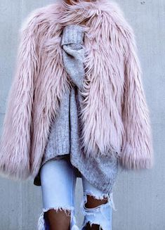 19+ Winter Outfits to try - Style Spacez purple fur jacket coat