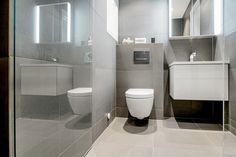 Bad | Inspirasjonskategorier | FagFlis Toilet, Bathroom, Washroom, Flush Toilet, Bathrooms, Litter Box, Toilets, Bath, Bathing