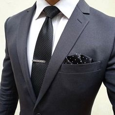 Great for business. Dark color for authority! #menssuitsvintage