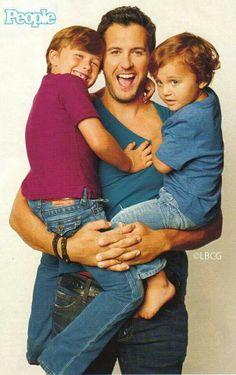 Luke Bryan with Bo and Tate Bryan