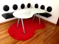 DIY Kidney shaped rug and kidney shaped table