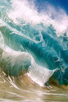 ocean waves by clark little - Pixdaus