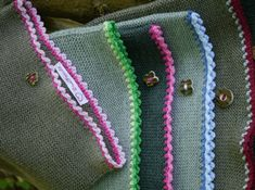 Friendship Bracelets, Shawl, Beanie, Knitting, Inspiration, Accessories, Fashion, Dressmaking, Haute Couture