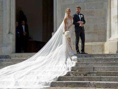 Dominika Cibulkova and Michal Navara - Samuel Kubani/AFP/Getty Images star 3d Fashion, Office Fashion, Wedding Couples, Wedding Photos, Dominika Cibulkova, Famous Sports, Tennis Stars, Sports Stars, Wedding 2015