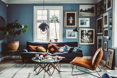 Here are some doable living room decor and interior design tips that will make your home cozy and comfortable for family and friends. Blue Couch Living Room, Manly Living Room, Home Living Room, Living Room Designs, Living Spaces, Blue Rooms, Unique Home Decor, Decoration, Painted Walls