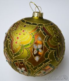 Ornament featured on the bronze themed Christmas tree