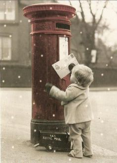 Christmas photography Little boy mailing letter to Santa Toni Kami Joyeux Noël Vintage color splash Noel Christmas, Little Christmas, Winter Christmas, All Things Christmas, Vintage Christmas, Father Christmas, Christmas Letters, Christmas Cards, Country Christmas