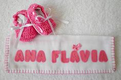 http://www.elo7.com.br/kit-casaco-manta-sapato-fralda-coruja/dp/4095A5