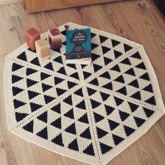 Octopus Crochet Pattern, Crochet Mat, Crochet Carpet, Crochet Clutch, Tapestry Crochet, Crochet Handbags, Crochet Home, Crochet Doilies, Crochet Designs