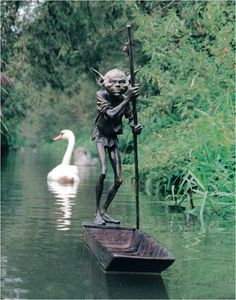 Bronze Mischief - The Sculptures of David Goode ~ Kuriositas Would love this in my pond!