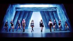 Black Pink Songs, Black Pink Kpop, South Korean Girls, Korean Girl Groups, Blackpink Video, Love Songs Lyrics, Blackpink Photos, Blackpink Fashion, Jennie