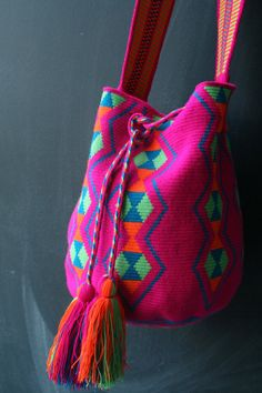 Hot Pink Mochila Wayuu