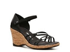 Whoa! #Teva just blew our minds this oh-so adorable and comfy wedge. What do you think, Shoe Lovers?! #dsw